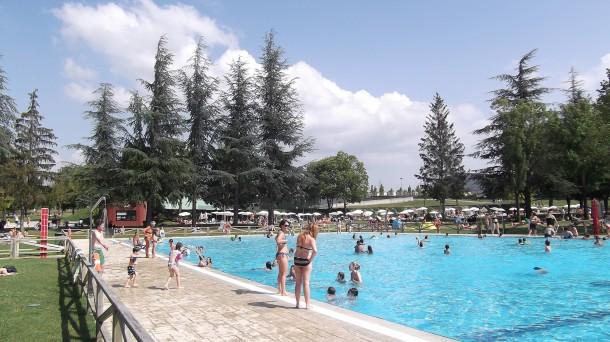 Piscina Municipal de Gamarra, Vitoria-Gasteiz