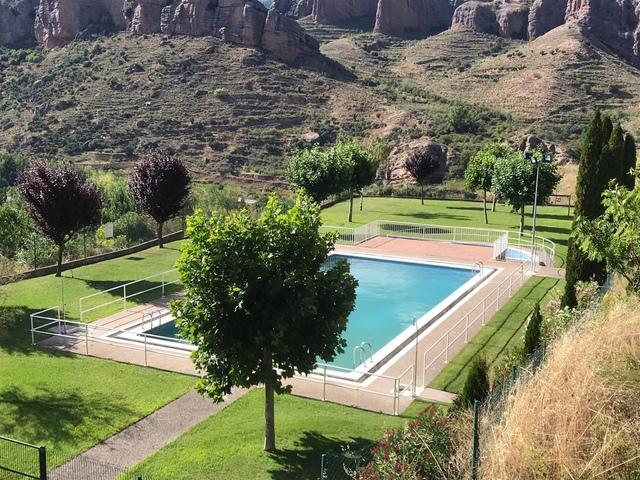Piscina Municipal de Viguera, La Rioja