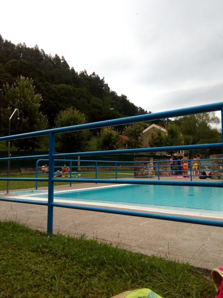 Piscina Municipal de Olloniego, Asturias